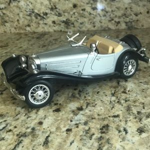 1936 MERCEDES BENZ 500K ROADSTER 1/20 SCALE